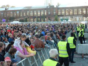 Обеспечение безопасности на 300-летии городского праздника г. Сестрорецк (более 8000 участников)